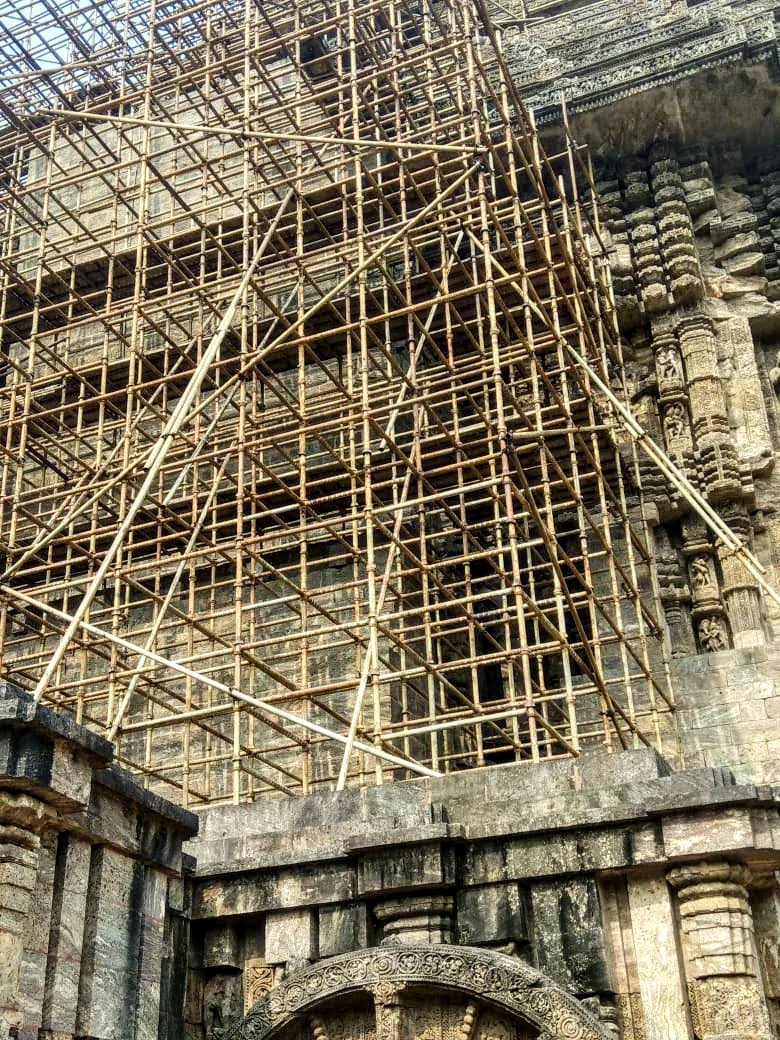 Statue  at  Konark  damaged  due to  ASI's  negligence- 28022020